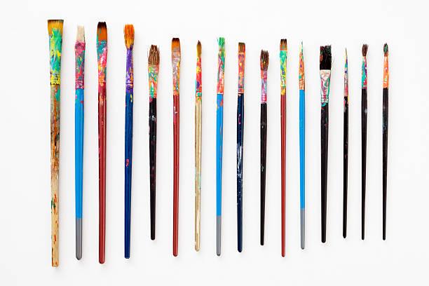Dirty paintbrushes:スマホ壁紙(壁紙.com)
