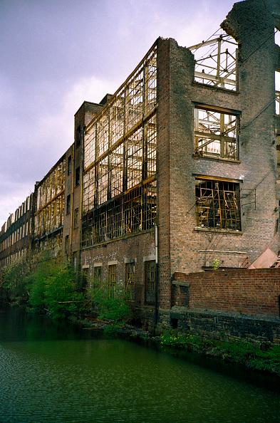 Deterioration「Derelict Victorian industrial warehouse」:写真・画像(14)[壁紙.com]