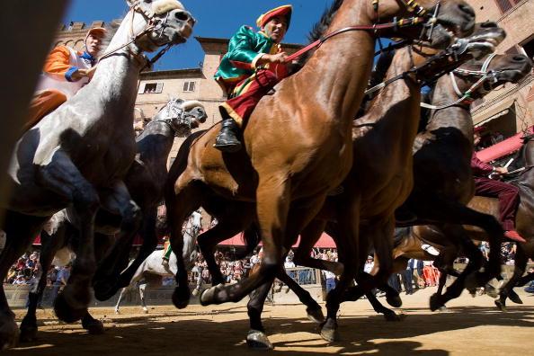 Siena - Italy「Siena Prepares For Annual Palio Horserace」:写真・画像(11)[壁紙.com]