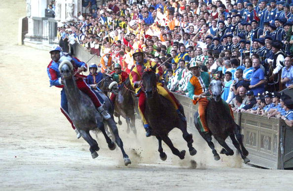 Sports Race「Siena's Palio Takes Place In Italy」:写真・画像(12)[壁紙.com]