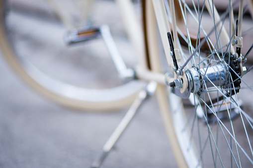 サイクリング「自転車駐車場に車を停め」:スマホ壁紙(12)