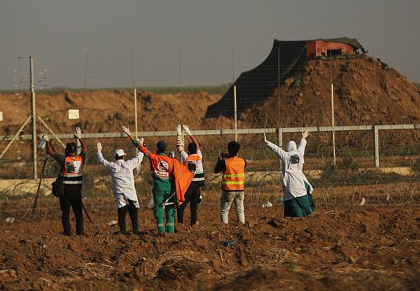 Gaza Strip「Funerals Held For Nearly 60 Palestinians Killed In Violence On Israeli Border」:写真・画像(7)[壁紙.com]