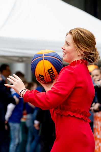 Utrecht「The Dutch Royal Family Attend King's Day In Amersfoort」:写真・画像(18)[壁紙.com]