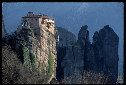 Trikkala「Roussanou Monastery on Cliff-Top」:スマホ壁紙(7)