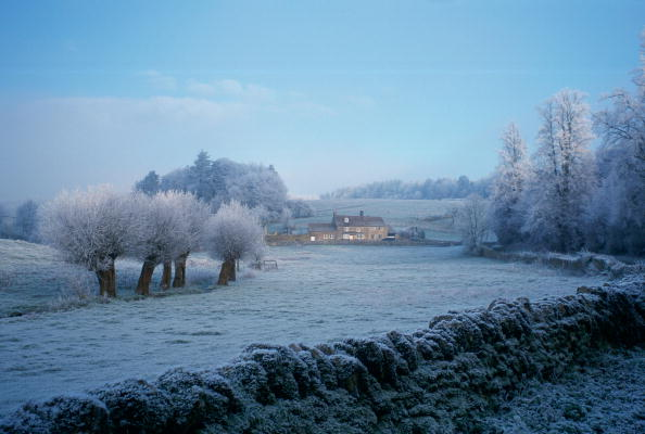 Copy Space「Frosty Scene, Cotswolds, England」:写真・画像(6)[壁紙.com]