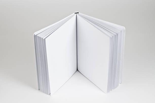 open book standing:スマホ壁紙(壁紙.com)