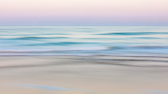 Horizon Over Water「Abstract patterns and color at the beach.」:スマホ壁紙(13)
