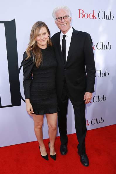 "Horn Rimmed Glasses「Paramount Pictures' Premiere Of ""Book Club"" - Red Carpet」:写真・画像(15)[壁紙.com]"