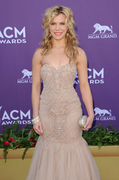 Nude Colored「47th Annual Academy Of Country Music Awards - Arrivals」:写真・画像(19)[壁紙.com]