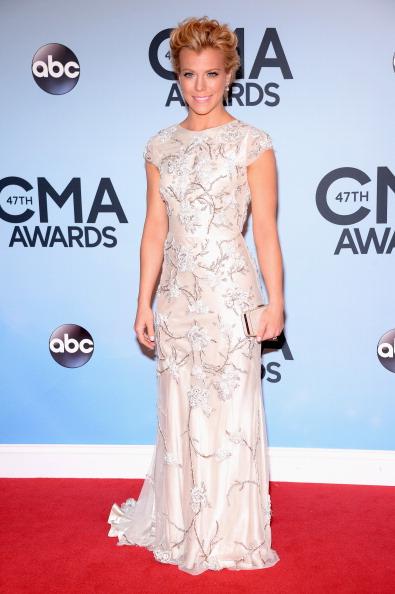 Embellishment「47th Annual CMA Awards - Arrivals」:写真・画像(17)[壁紙.com]