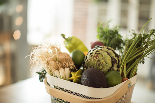 Kitchen Counter「Healthy purchasing from grocery」:スマホ壁紙(1)
