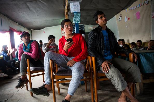 Calais「Calais Jungle Safe Haven For Child Refugees Faces Closure」:写真・画像(16)[壁紙.com]