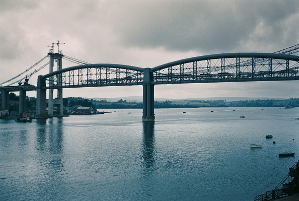 Horizontal「Tamar Bridges」:写真・画像(13)[壁紙.com]