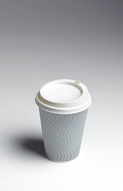 Disposable coffee cup with copy space:スマホ壁紙(壁紙.com)