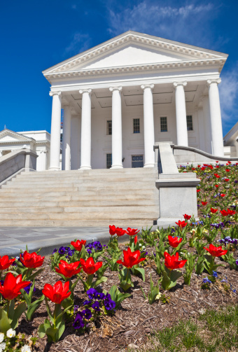 Virginia - US State「Virginia State Capitol In Richmond, VA During The Spring」:スマホ壁紙(6)