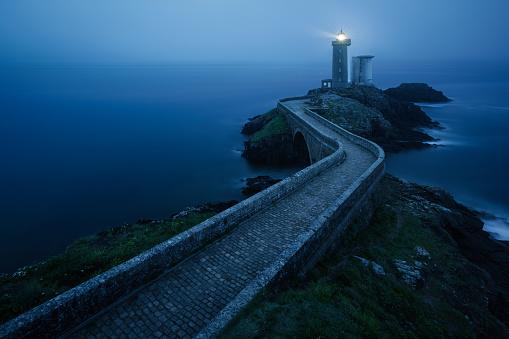 Atmospheric Mood「The Petit Minou lighthouse, Plouzane, Brittany, France」:スマホ壁紙(1)