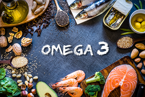 Nut - Food「Assortment of food rich in omega-3 with copy space」:スマホ壁紙(9)