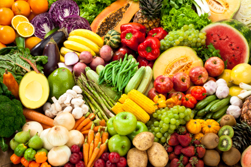 Freshness「Assortment of Fruits and Vegetables Background.」:スマホ壁紙(1)