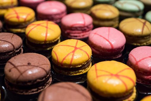 マカロン「Assortment of colorful macarons」:スマホ壁紙(12)