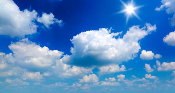ふわふわ「太陽、雲」:スマホ壁紙(2)