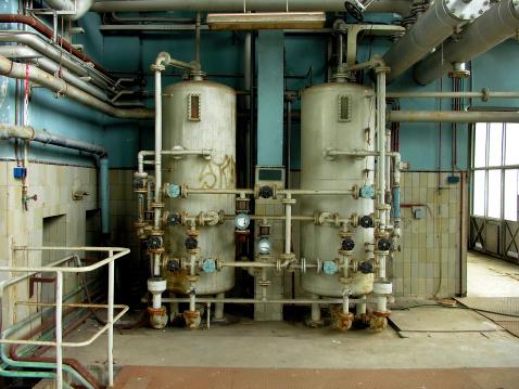 Rusty「Two Boilers」:スマホ壁紙(10)