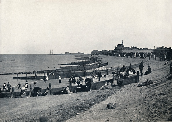 Medway River「Sheerness - The Promenade And Beach」:写真・画像(13)[壁紙.com]