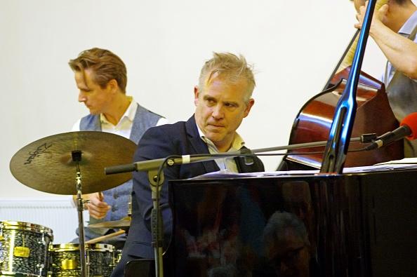 Methodist「James Pearson - James Pearson Trio」:写真・画像(5)[壁紙.com]