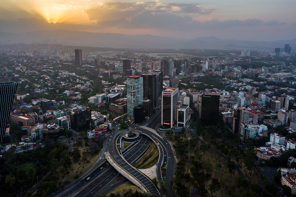 Mexico City「Aerial Views of Mexico City Under Health Emergency Until End of April」:写真・画像(13)[壁紙.com]