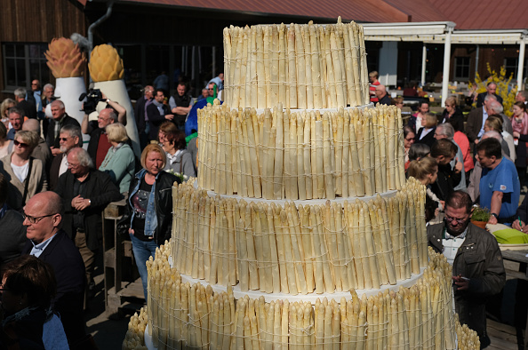 Topics「Asparagus Season Underway In Beelitz Region」:写真・画像(10)[壁紙.com]