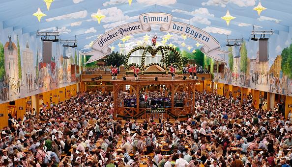 Oktoberfest「Opening Day - Oktoberfest 2016」:写真・画像(13)[壁紙.com]