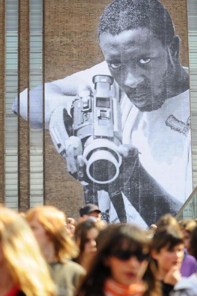 Street Art「New Street Art Commission Takes Over The Tate Modern」:写真・画像(19)[壁紙.com]