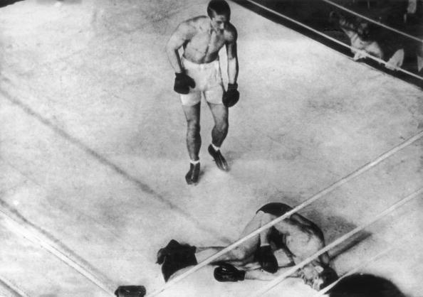 Boxing Ring「Wells Defeated」:写真・画像(17)[壁紙.com]