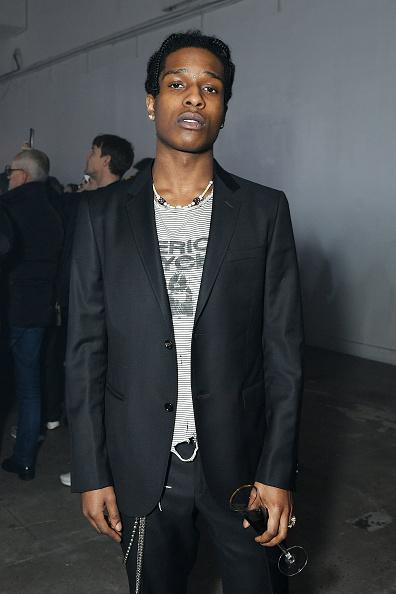 ファッションショー「Raf Simons - Front Row - February 2018 - New York Fashion Week Mens'」:写真・画像(1)[壁紙.com]