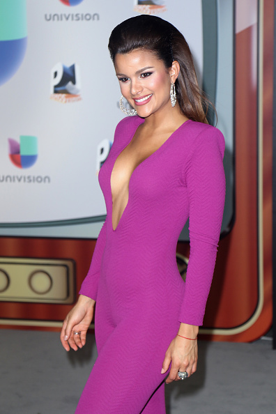 Long Hair「Univision's 13th Edition Of Premios Juventud Youth Awards - Arrivals」:写真・画像(14)[壁紙.com]