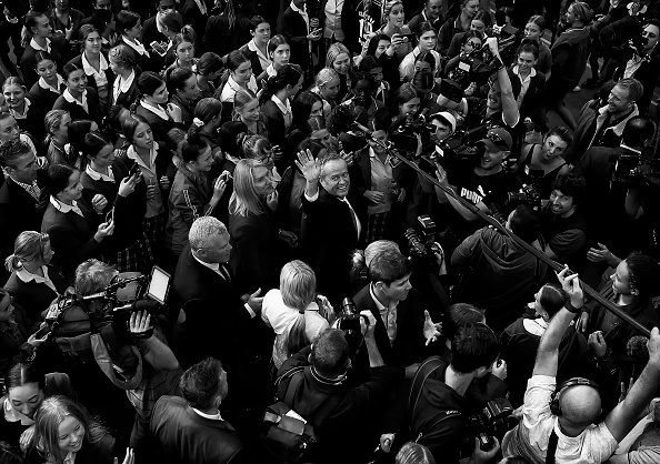 Australian Labor Party「Bill Shorten Campaigns In Gosford A Week Out From Election」:写真・画像(1)[壁紙.com]