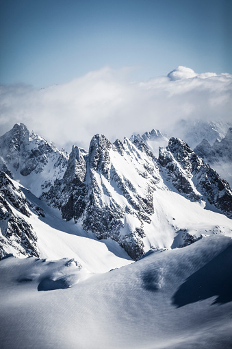 冠雪「スイス アルプスのマウンテン ビュー」:スマホ壁紙(14)