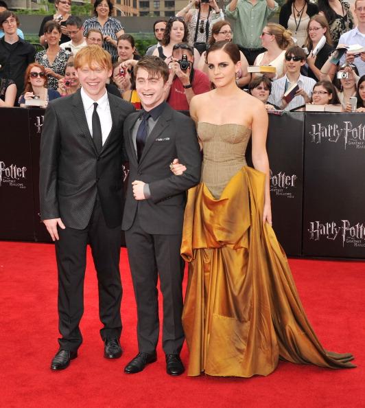 エマ・ワトソン「'Harry Potter And The Deathly Hallows: Part 2' New York Premiere - Arrivals」:写真・画像(5)[壁紙.com]