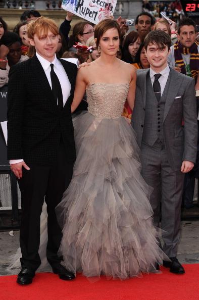 エマ・ワトソン「Harry Potter And The Deathly Hallows - Part 2 - World Film Premiere」:写真・画像(5)[壁紙.com]