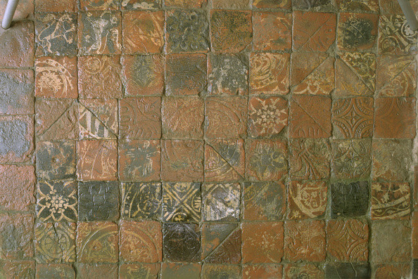 Tiled Floor「Tiled floor at Wenlock Priory, Much Wenlock, Shropshire, 1998. Artist: J Bailey」:写真・画像(17)[壁紙.com]