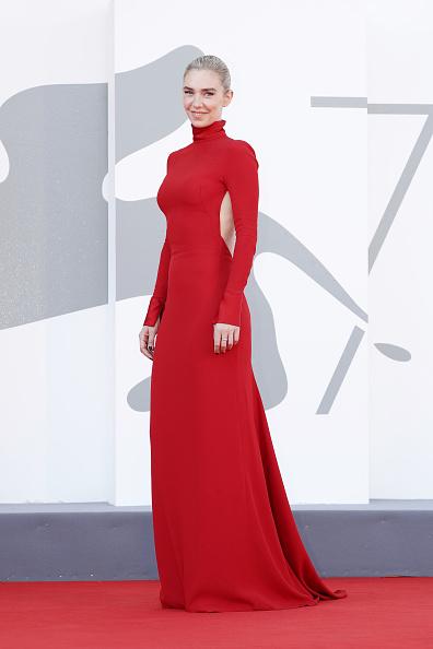 "Venice International Film Festival「""Pieces of a woman"" Red Carpet - The 77th Venice Film Festival」:写真・画像(12)[壁紙.com]"