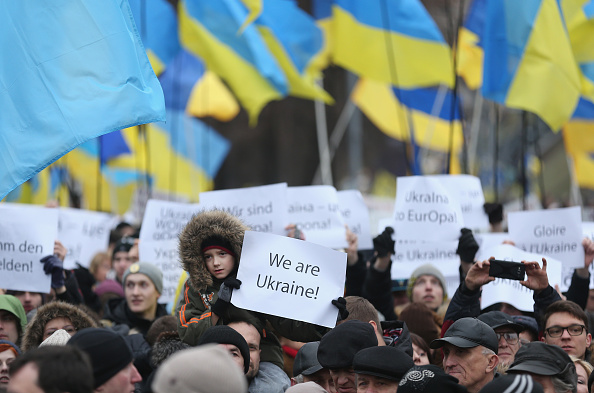 Ukraine「Ukraine Commemorates First Anniversary Of Maidan Killings And Yanukovich Ouster」:写真・画像(12)[壁紙.com]