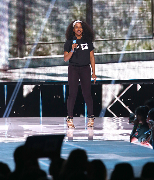 Monique Coleman「Selena Gomez, Alicia Keys, Demi Lovato, Bryan Cranston, DJ Khaled, Miss Piggy And More Come Together At WE Day California To Celebrate Young People Changing The World」:写真・画像(8)[壁紙.com]