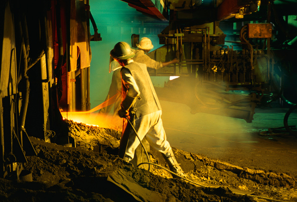 Copper「Copper smelting plant Zambia, Africa」:写真・画像(1)[壁紙.com]