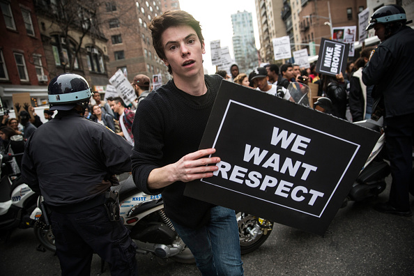 "Human Rights「Activists Call For Mass ""Hands Up"" Walk Out In NYC」:写真・画像(19)[壁紙.com]"