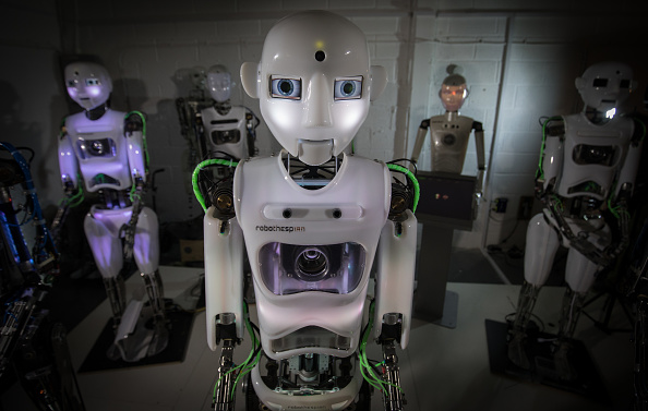 Robot「Humanoid Robots Are Made At Engineered Arts Robotics Factory」:写真・画像(7)[壁紙.com]