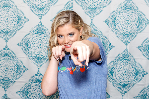 Gulf Coast States「Vera Bradley x Blessings In A Backpack Event With Lauren Alaina」:写真・画像(14)[壁紙.com]