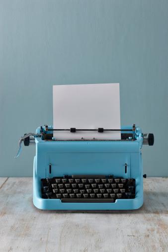Typewriter「Typewriter with blank paper」:スマホ壁紙(10)