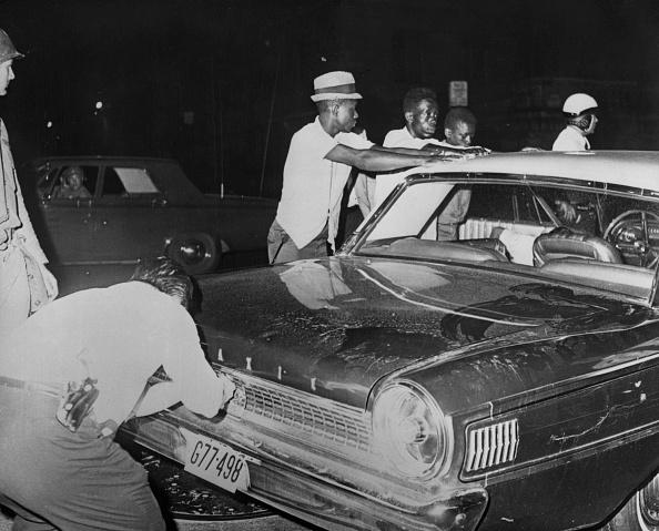 Racial Tensions「1967 Newark Riots」:写真・画像(16)[壁紙.com]