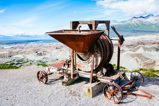 Kennicott Glacier「Old mining equipment」:スマホ壁紙(1)