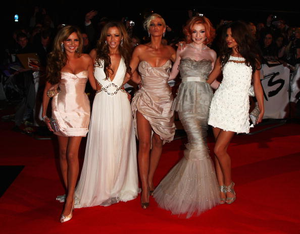 Scalloped - Pattern「The Brit Awards 2009 - Arrivals」:写真・画像(18)[壁紙.com]